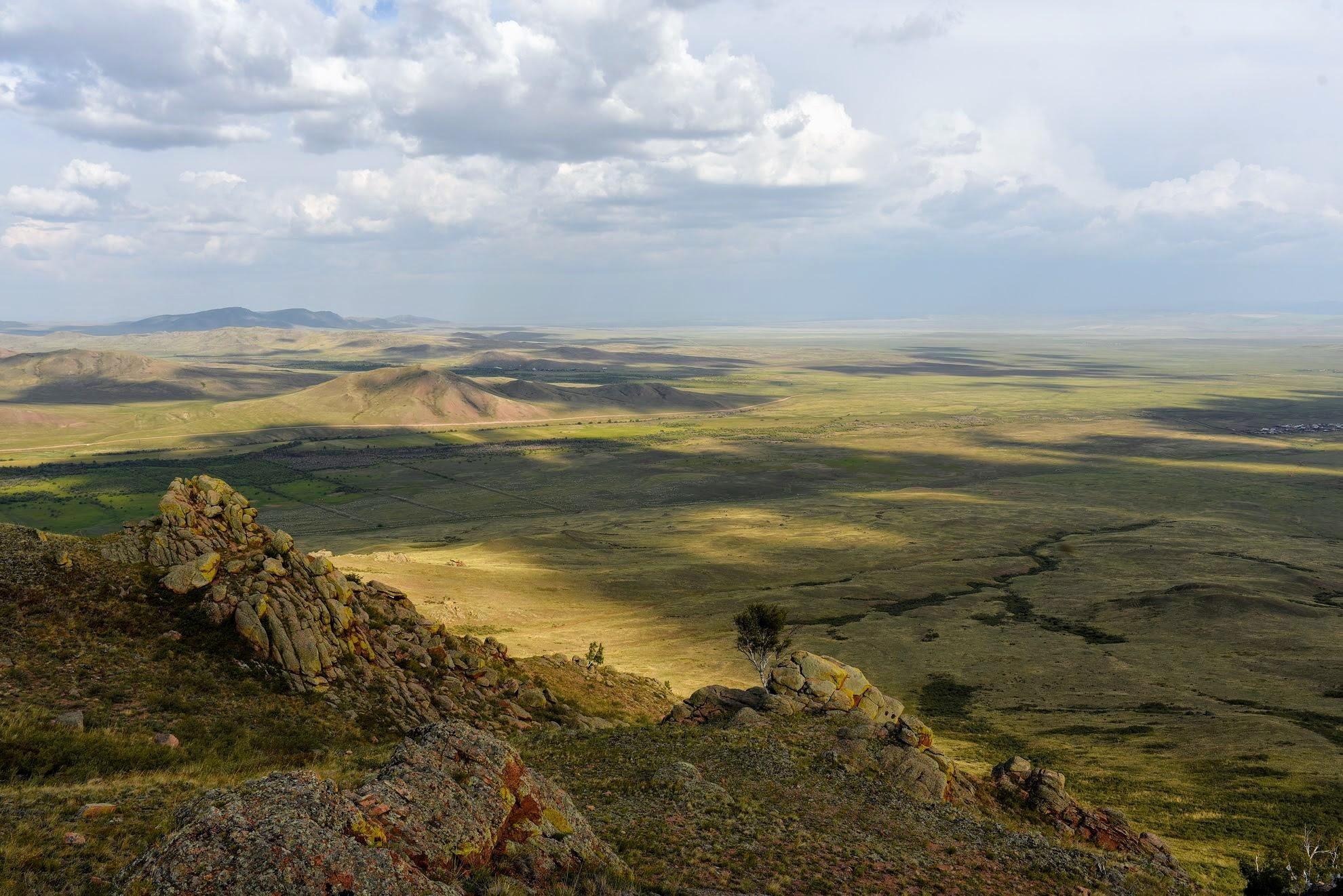 Тугнуйская долина вблизи с. Галтай