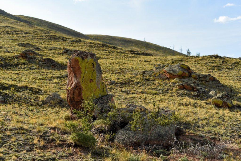 Плиточные могилы вблизи Юрты Чингисхана